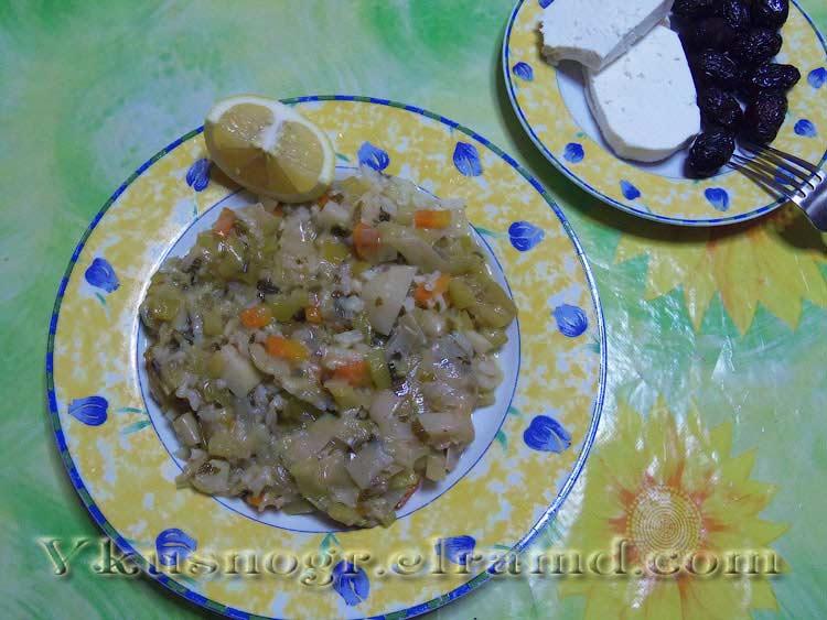 Лук-порей с рисом и овощами